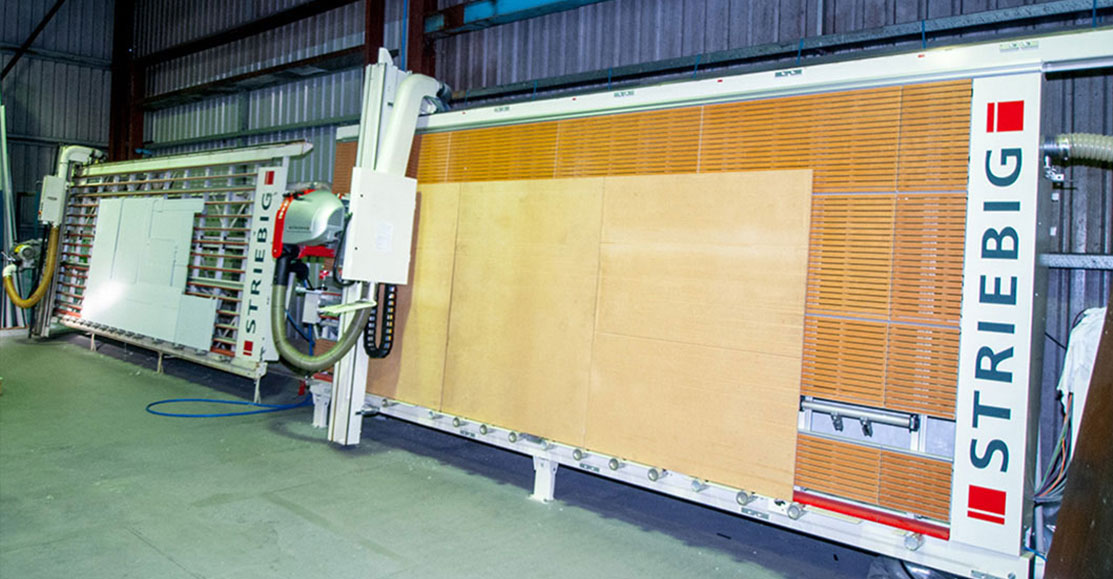 Twin vertical panel saws